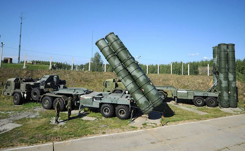 Новая дальнобойная ракета 40Н6 системы С-400 принята на вооружение