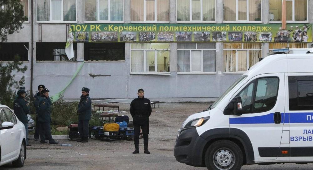 Выживший при теракте в Керчи студент утверждает, что стрелков было двое