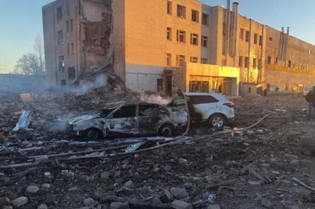 При взрыве на заводе в Гатчине погибли два человека