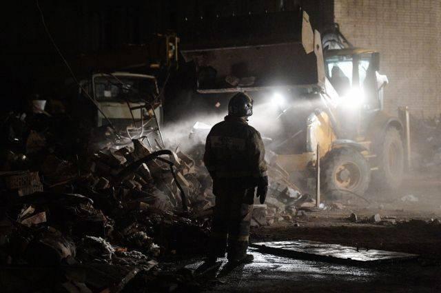 На месте взрыва на заводе в Гатчине разобрано более 80% завалов
