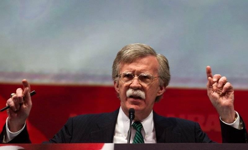 Болтон: США необходимо выйти из ДРСМД и СНВ-3, Москва их не соблюдает