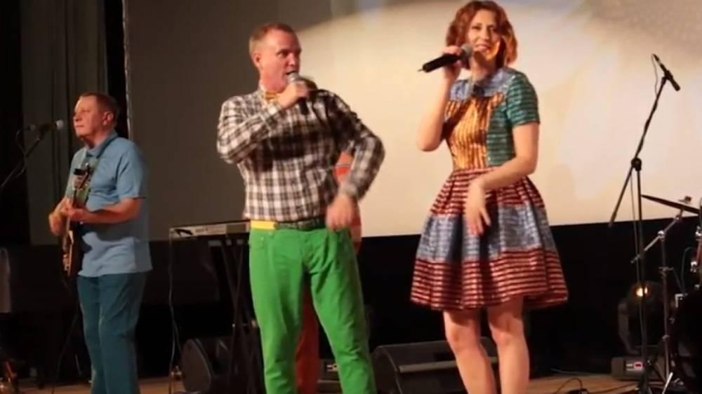 Сенчукова и Рыбин рассказали, как лечатся от рака кожи