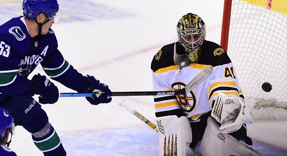 Ванкувер обыграл Бостон, Торонто уступил Сент-Луису в чемпионате НХЛ
