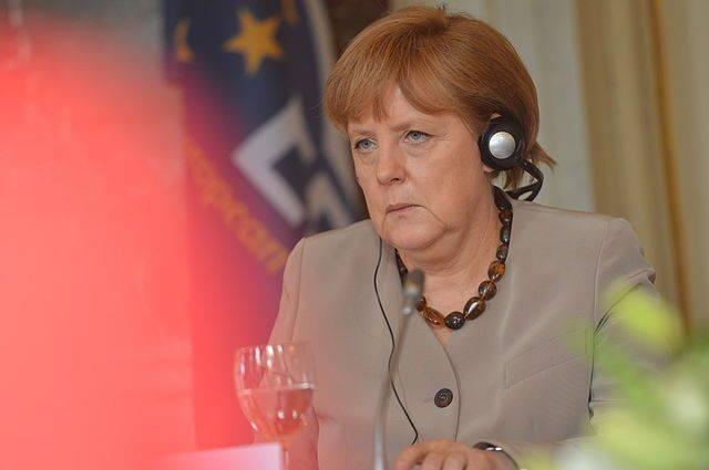 Меркель назвала невозможным экспорт оружия Эр-Рияду из-за гибели Хашкаджи