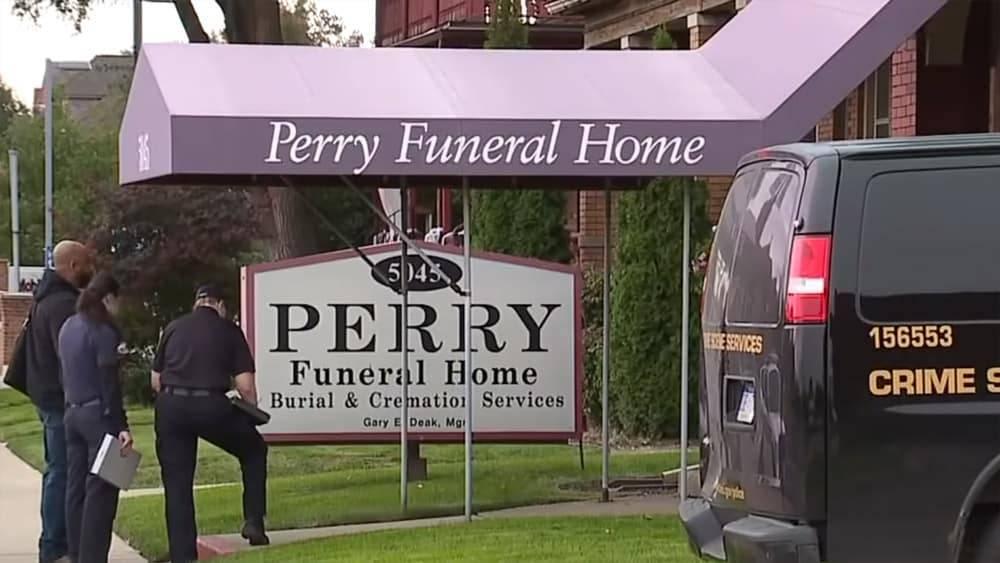 Похоронный беспредел: в Детройте нашли второе ритуальное бюро, скрывающее останки 63 детей