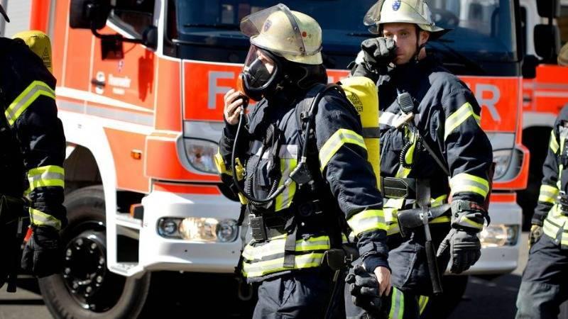Сколько зарабатывает немецкий пожарный?