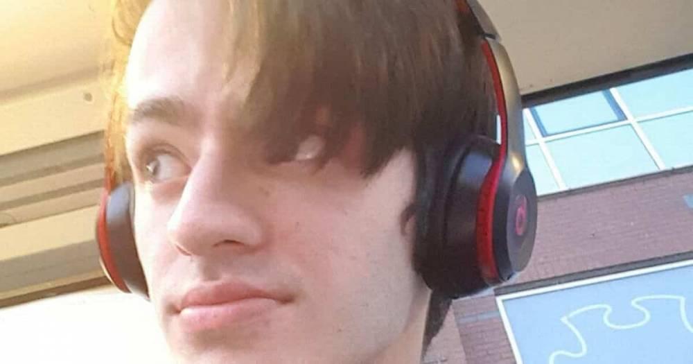 На студента напали 8 подростков, охотившихся за его наушниками Beats by Dre