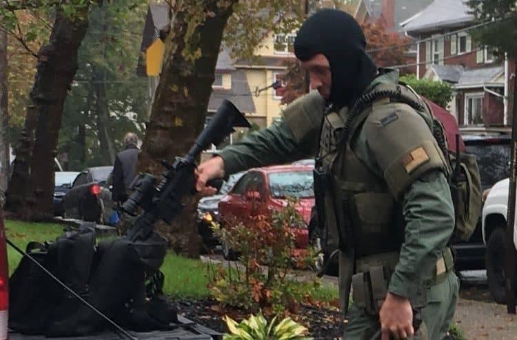 Стрельба в синагоге Питтсбурга: 8 погибших, подозреваемый арестован
