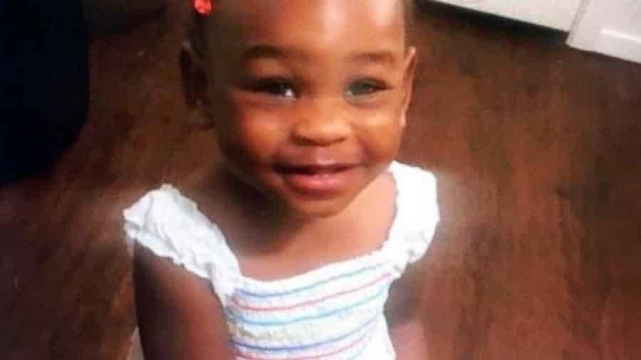 В Техасе ищут пропавшую 2-летнюю девочку, ее мать арестована за дачу ложных показаний