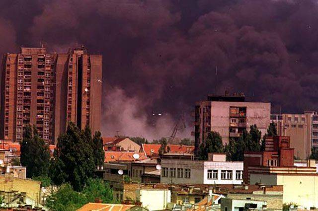 Генсек НАТО назвал цели бомбардировок Югославии в 1999 году
