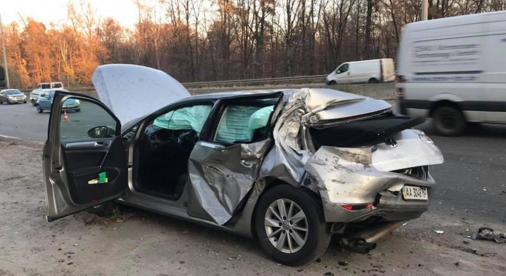 Лещенко опубликовал видео с моментом столкновения грузовика с его автомобилем