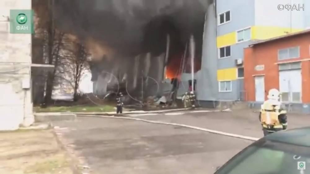 Названа возможная причина пожара в гипермаркете «Лента» в Петербурге: фото и иллюстрации