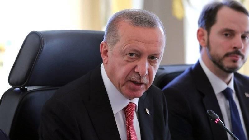 Эрдоган назвал число погибших при взрыве склада боеприпасов на военной базе в Турции