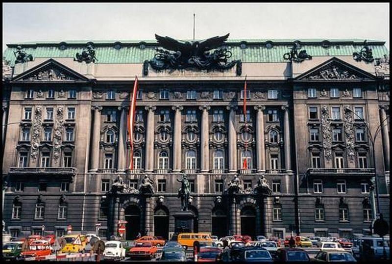 СМИ: австрийский экс-полковник признался в работе на разведку России