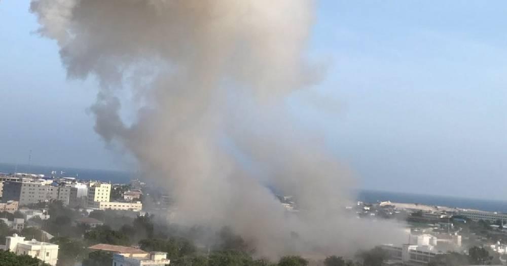 Количество жертв теракта в Сомали увеличилось до 53 человек