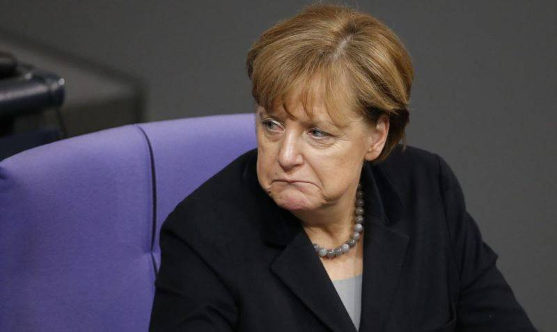 В Киеве обвинили Меркель в срыве планов по вступлению в НАТО