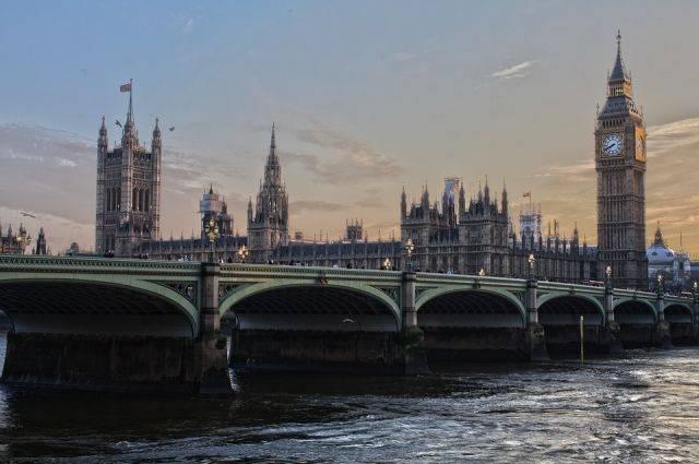 Мэй: Британия готова улучшить отношения с РФ при смене поведения Москвы