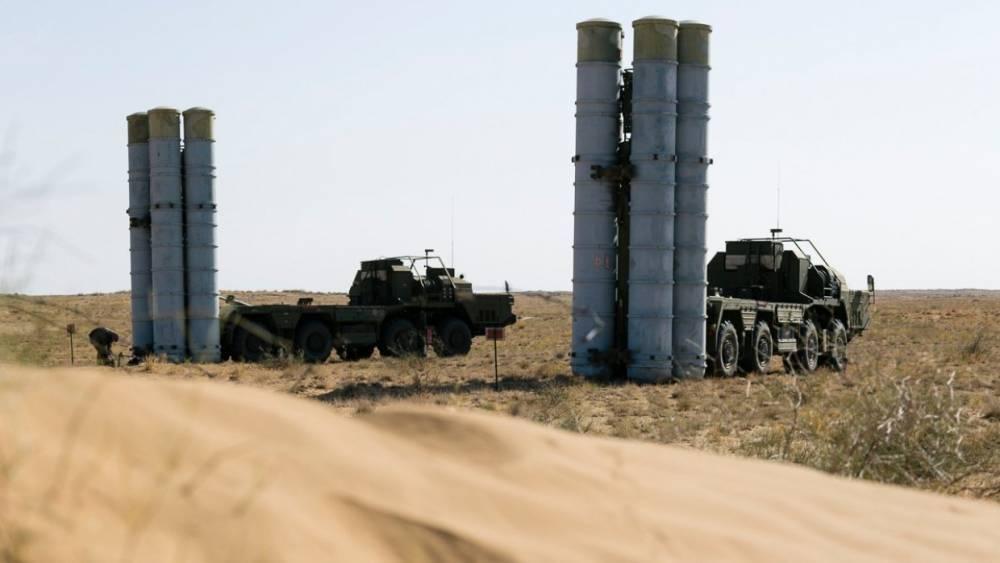Сирия: военные заявили, что самолеты-разведчики Израиля пытаются обнаружить С-300 у базы «Хмеймим»