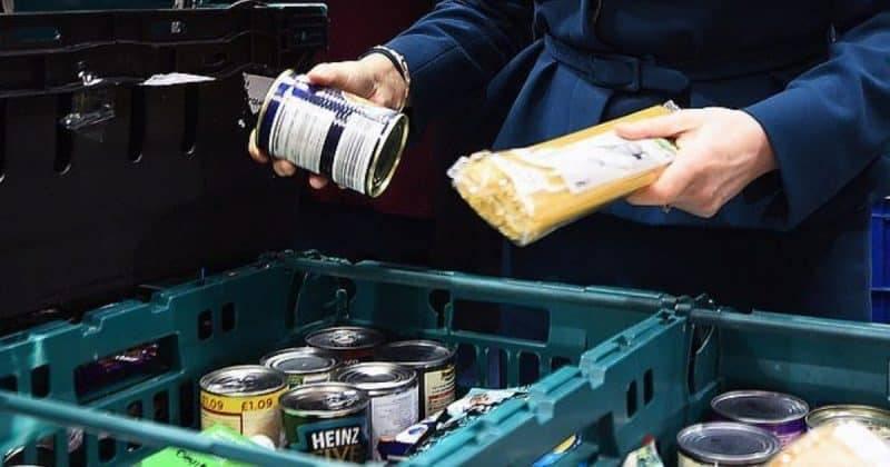 Universal Credit превратил британцев в зомби, атакующих продовольственные банки