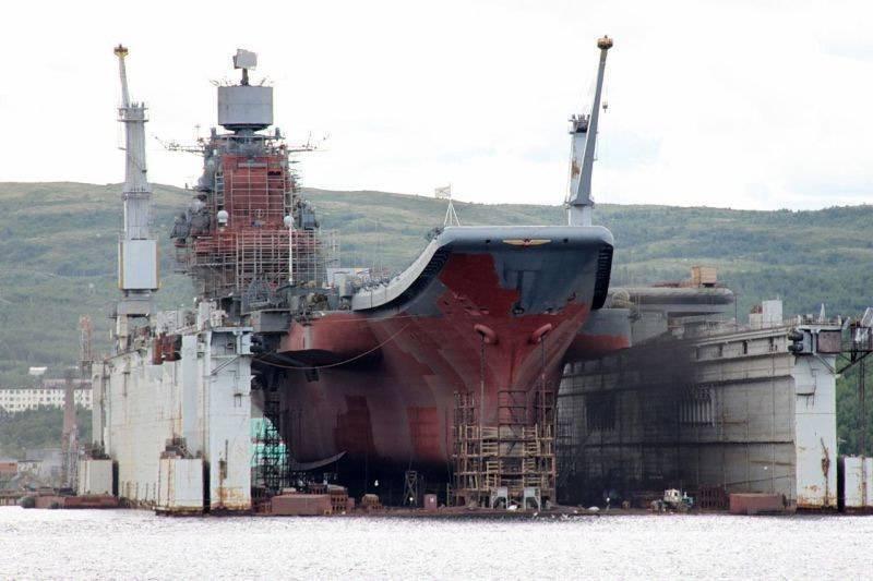 В Мурманск могут перевести плавдок ПД-190 из Новороссийска