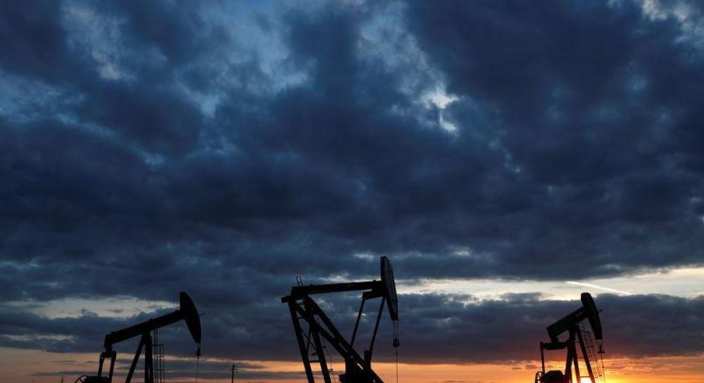 Цена нефти марки Brent упала ниже $65