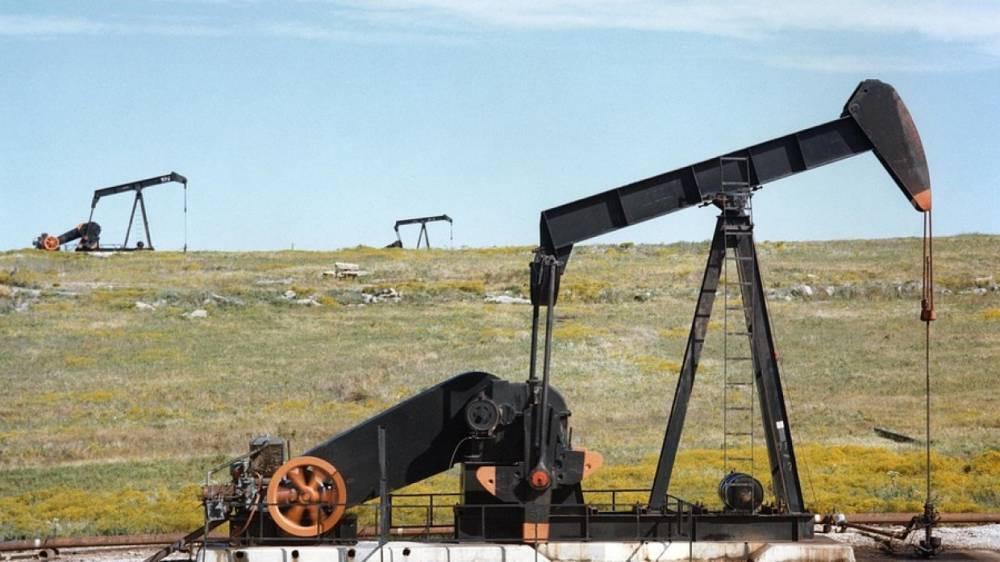 Цена нефти Brent обвалилась ниже 65 долларов