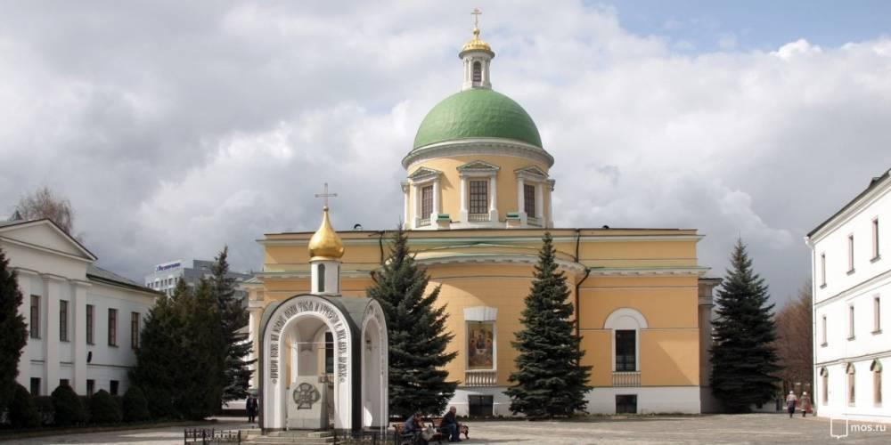 Три здания Даниловского монастыря отреставрируют в Москве