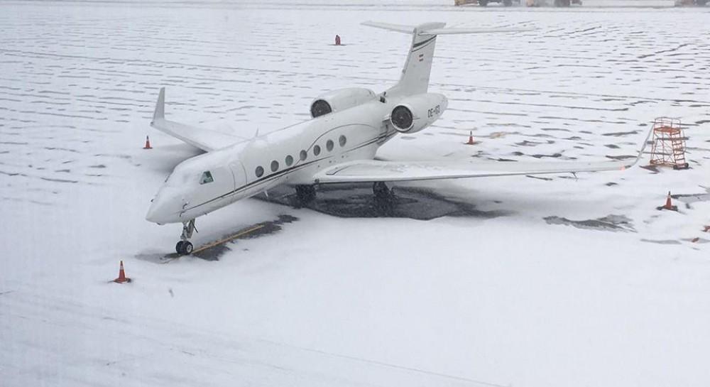 Снегопад в Киеве: аэропорты столицы работают в штатном режиме