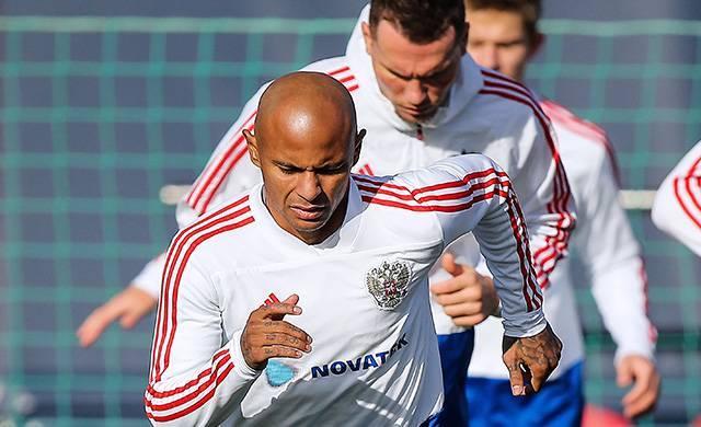 Георгий Черданцев: В сборной должны играть футболисты, которых вырастили в наших футбольных школах