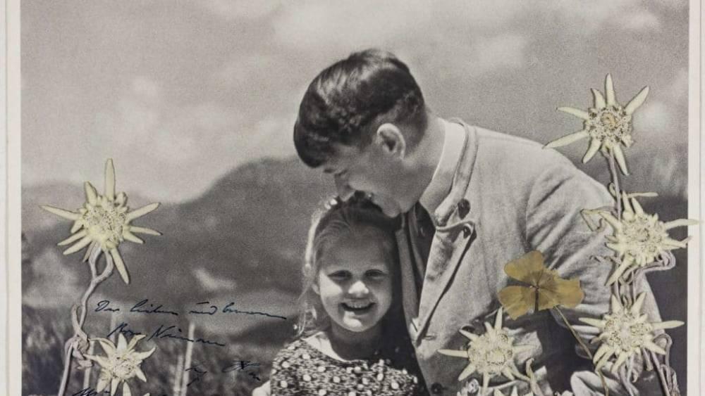 Удивительная фотография: как еврейская девочка стала любимицей Гитлера