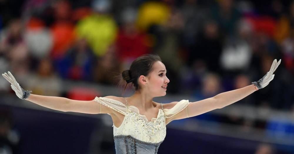 Загитова с мировым рекордом выиграла короткую программу на Гран-при России