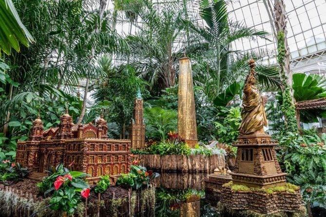 Миниатюрный город с железной дорогой — снова в Нью-Йоркском Ботаническом саду