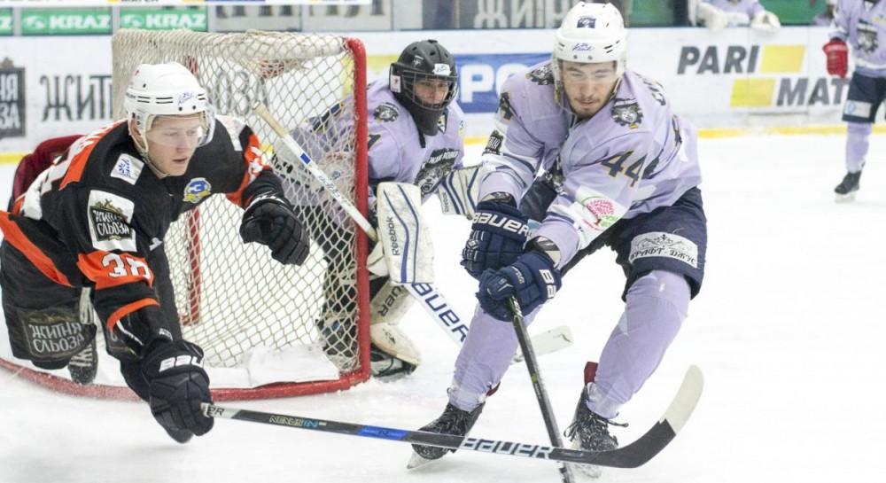 Кременчуг разгромил Ледяных Волков в УХЛ, забросив 10 шайб в одном матче