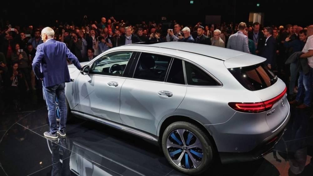 Эксперты назвали самые популярные в России автомобили премиум-класса
