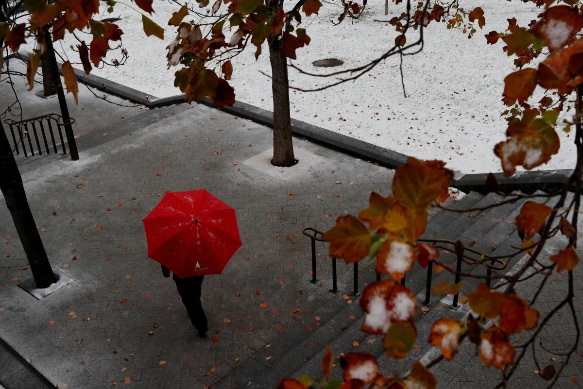 Новая неделя начнется дождем с мокрым снегом в большинстве областей