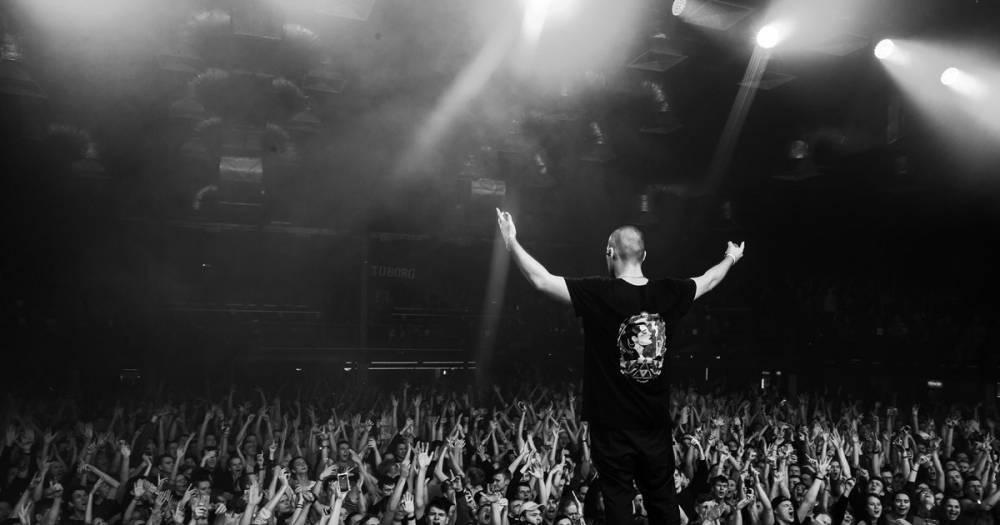 """""""Страх, паника, дрожащие руки"""". Концерт рэпера ATL в Москве закончился давкой"""