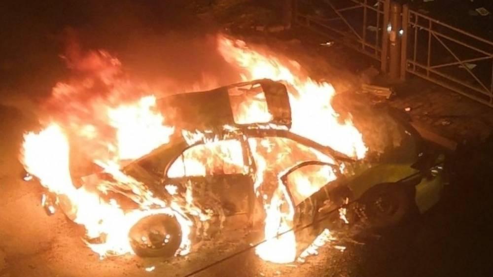 Машина загорелась в результате ДТП на Лиговском проспекте в Петербурге, есть жертвы