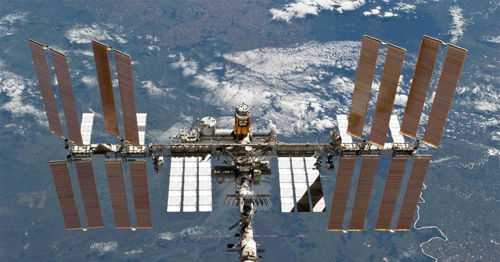 Путин поздравил работников космонавтики с двадцатилетием МКС