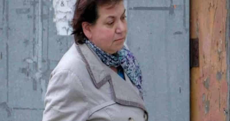 Мошенница 22 года выдавала себя за психиатра NHS, теперь 3000 врачей грозит проверка