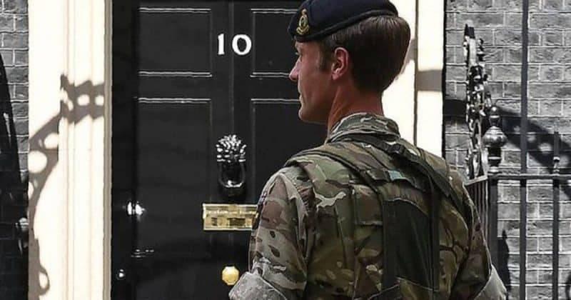 Стал известен секретный план подготовки британской армии к Brexit без сделки