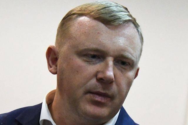 Единороссы помогли кандидату в губернаторы Приморья Ищенко собрать подписи