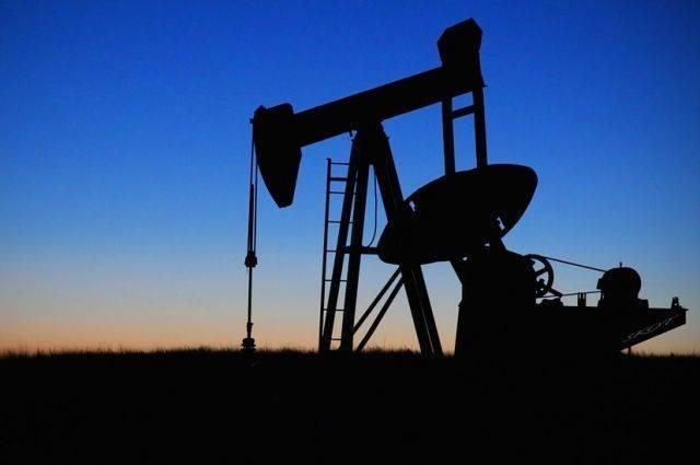 Цена на нефть марки Brent опустились ниже 64 долларов