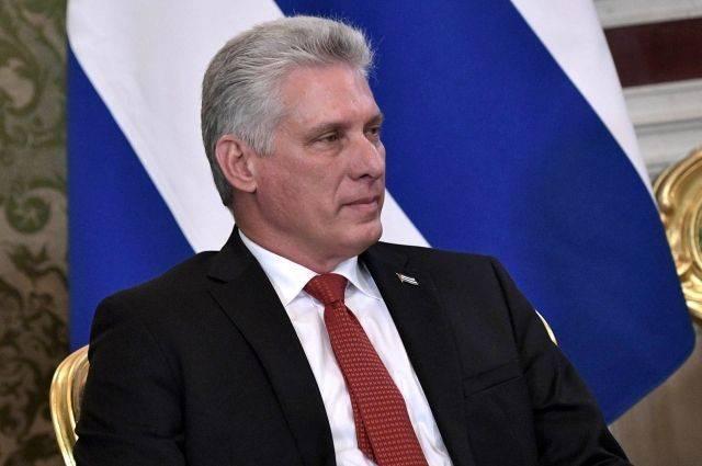Глава Кубы прибыл с визитом в КНДР
