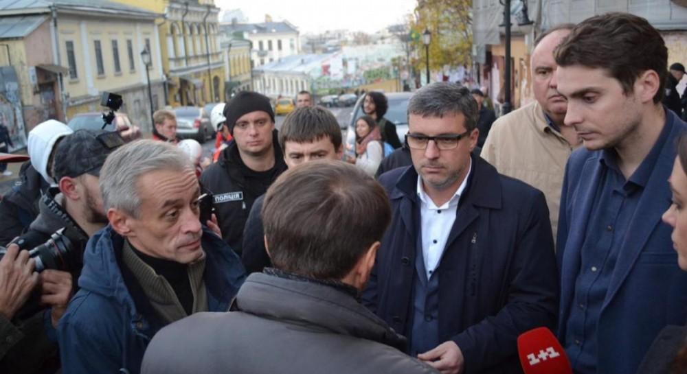 Белоцерковец: Киев заставит застройщика на Андреевском идти на градостроительный совет