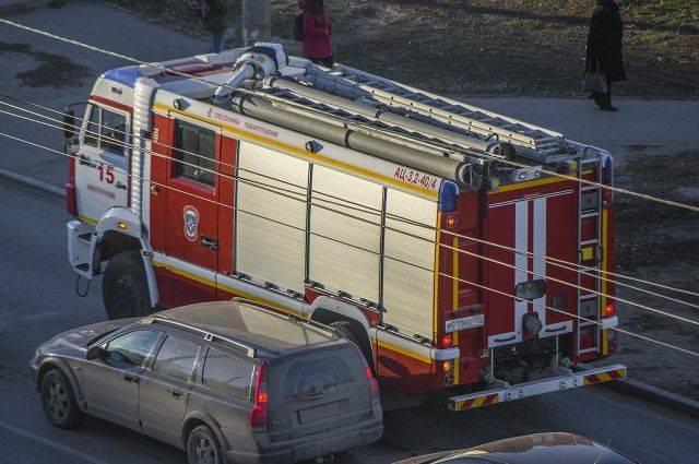 В Балашихе потушили пожар в цехе по производству пластмассы