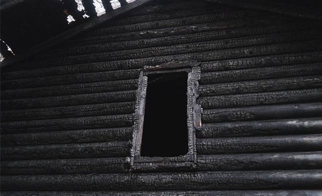«Выбрали войну — воюйте». Репортаж из сожженных московских церквей