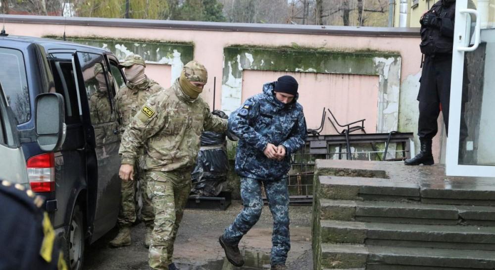 Консулы посетили всех 24 украинских военнопленных моряков в РФ