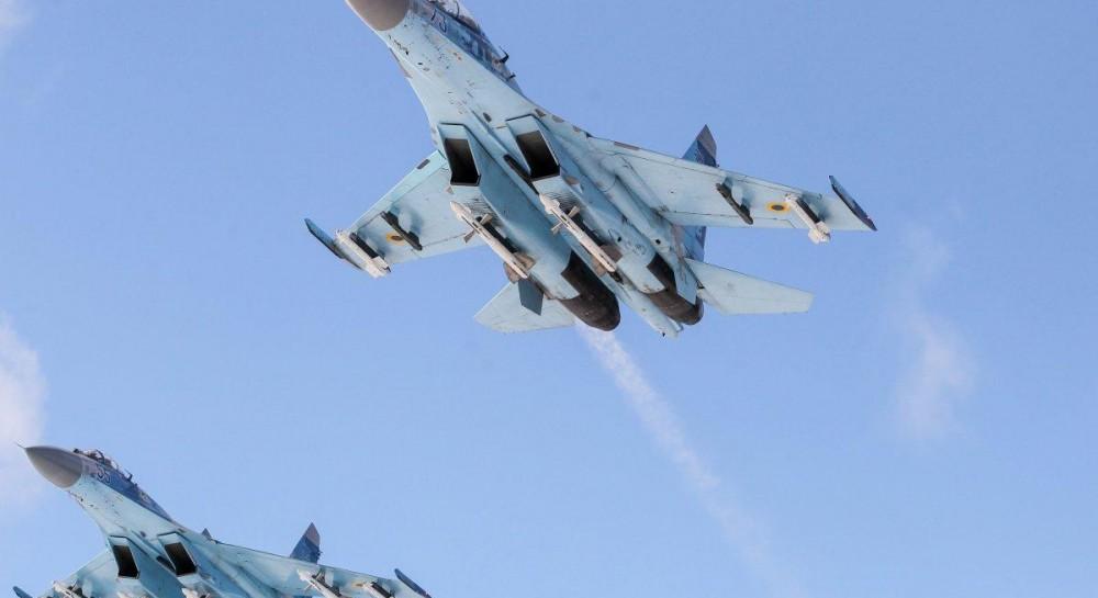 Появились фото с места падения истребителя Су-27 в Житомирской области