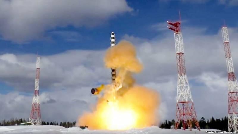 Западные СМИ: задержка с «Сатаной-2» выгодна русским