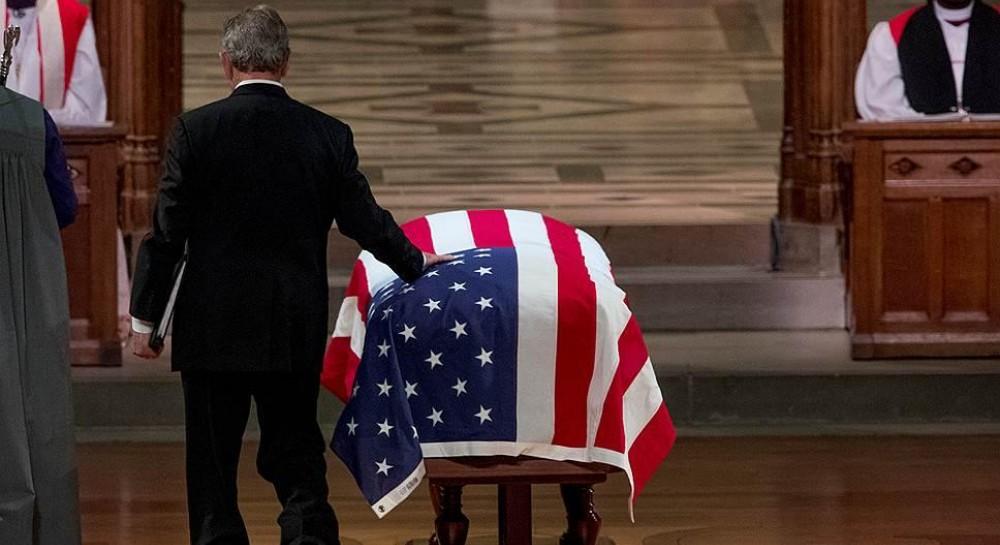 Буш-младший рассказал о последних словах своего отца